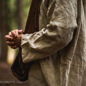 jesus-christ-hands-of-strength